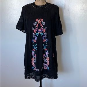 Free people Embroidered Dress Size XS